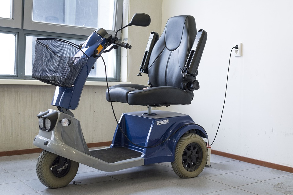 mobility-scooter-1372965_960_720